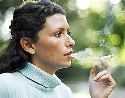 Tonificação para a pele flácida das fumantes - foto:Getty