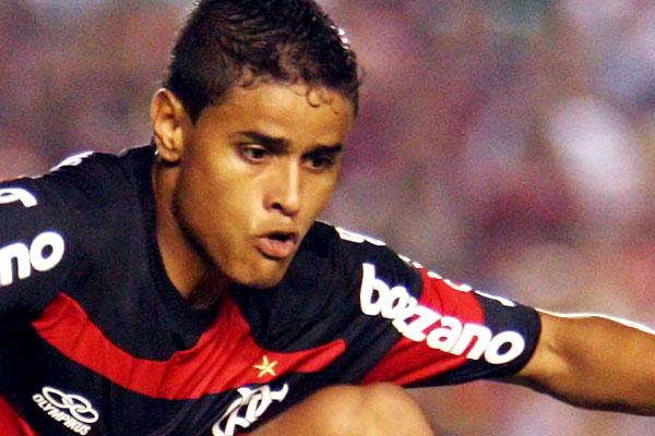 http://www.terra.com.br/esportes/infograficos/flamengo-campeao-2009/img/foto22.jpg