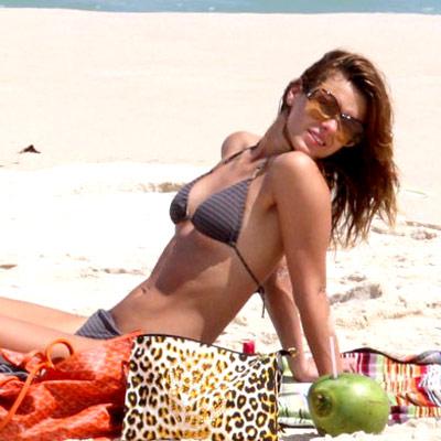 Mulheres lindas nas praias de portugal 7