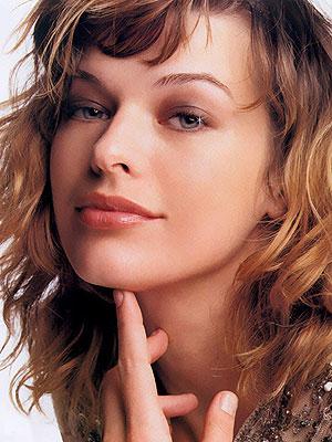 Kate Beckinsale x Milla Jovovich Kate Beckinsale