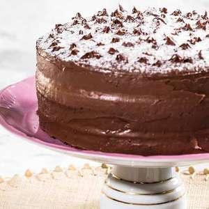 Aprenda a fazer em casa bolo de leite Ninho com Nutella